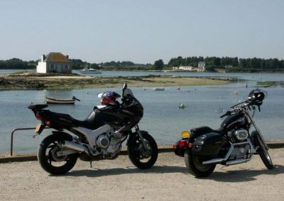 location-moto-2-bretagne-secrete
