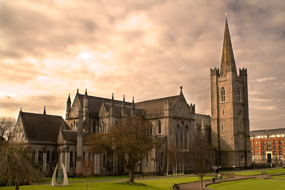 Saint-Patrick's-Cathedral-in-Dublin,-Ireland-on-an-overcast-day